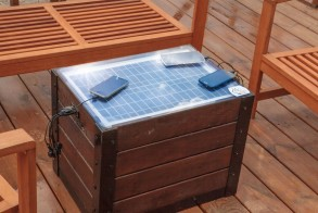Chargeable Table